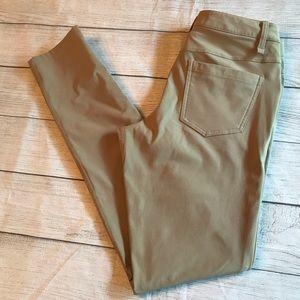 Lululemon ABC Pant Slim Warpstreme Trench Size 28
